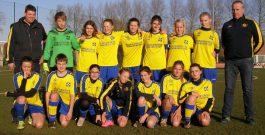 U 15 (meisjes) tegen De Panne op 3 december 2016